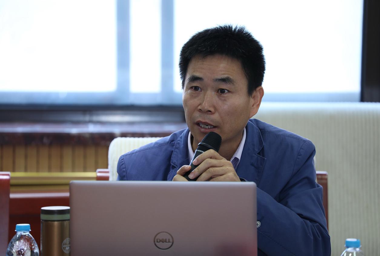 专家:中国与西方平等对话的时代已开启