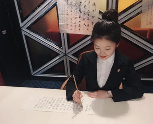 俏江南引领词牌文化与美食融合进入餐饮新时代4.jpg
