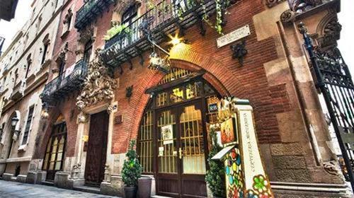 四只猫餐厅,毕加索和海明威都喜欢的餐厅1.jpg