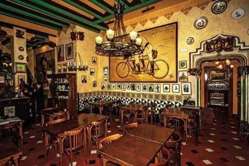 四只猫餐厅,毕加索和海明威都喜欢的餐厅2.jpg
