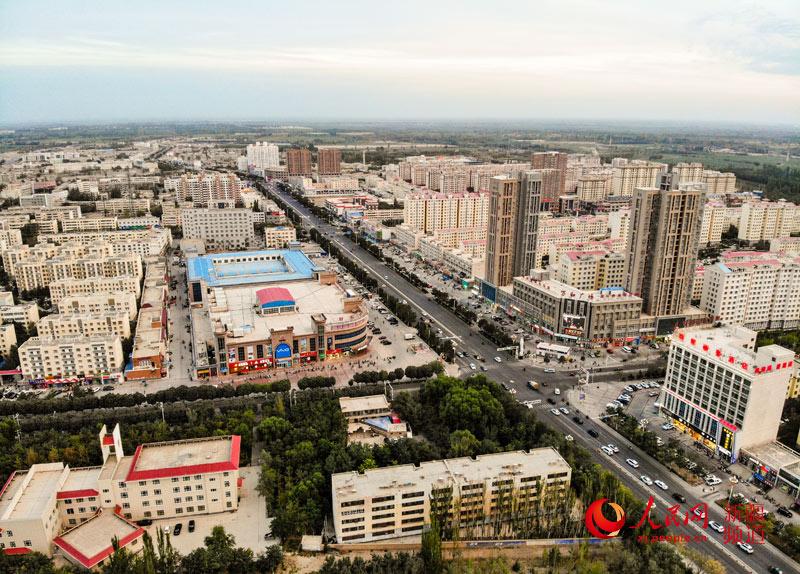 新疆尉犁:沙漠边陲的生态宜居小城