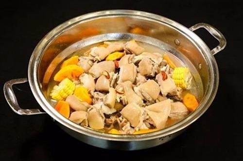品尝美味的椰子鸡,来滋润椰子鸡餐厅5.jpg