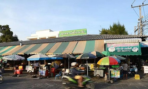 巴提雅LanPo海鲜市场,现买现做1.jpg