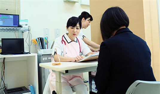 新媒:新加坡将进一步限制私立医护机构打广告
