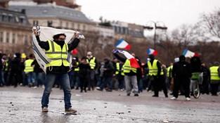 工资比马克龙还高!法国170名官员因为高薪挨批