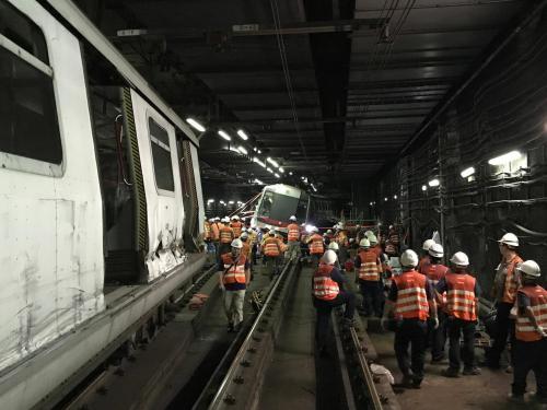 港铁成立委员会调查列车相撞事故 料3个月交报告