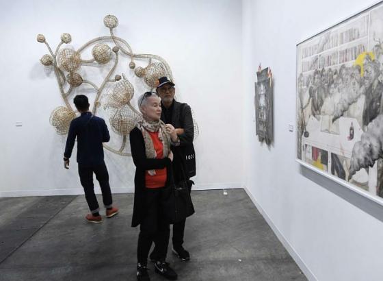 香港巴塞尔艺术展开幕 242间国际艺廊齐亮相