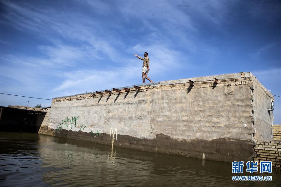 伊朗洪灾死亡人数升至76人