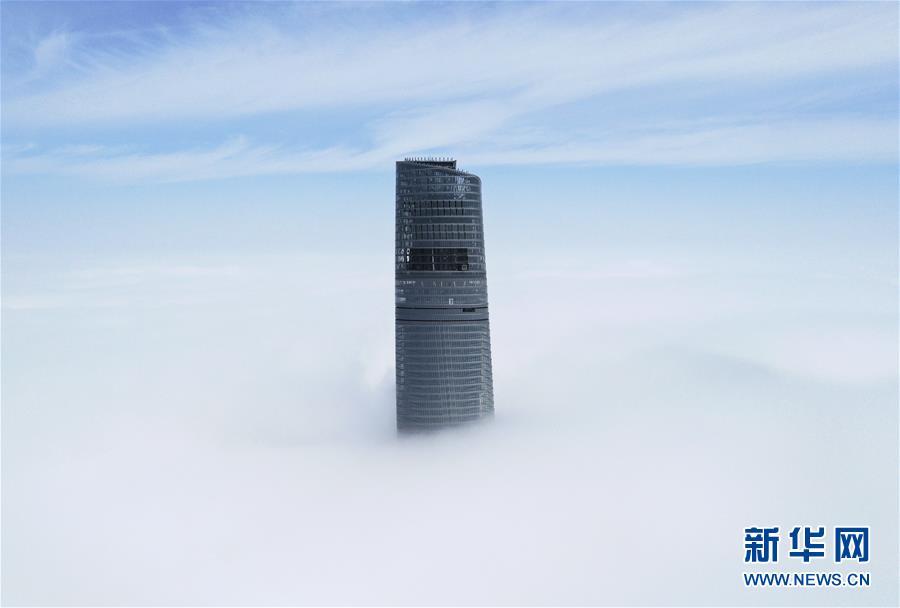 上海:雾里瞰楼