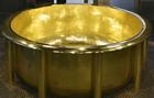 日本推世界最大黄金浴缸