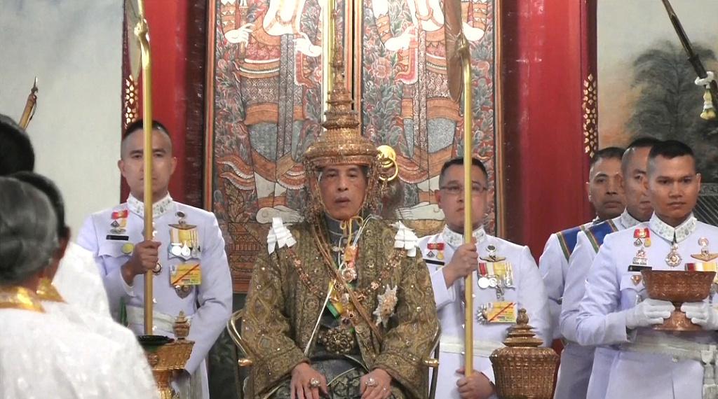 泰国国王正式加冕
