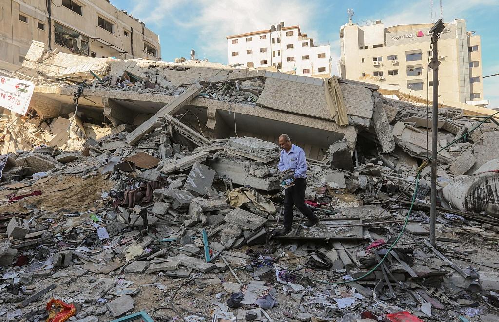 遭以军空袭过后 加沙城满目疮痍一片废墟