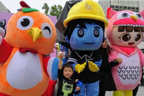 香港举行首届吉祥物大检阅活动 23吉祥物齐登场