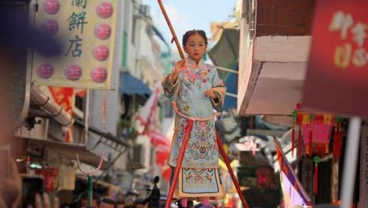 香港传统民俗长洲太平清醮即将举行 料吸客6万人