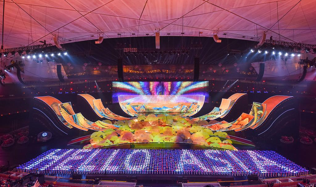 亚洲文化嘉年华亮相鸟巢 超炫丽全景舞台耀眼夺目