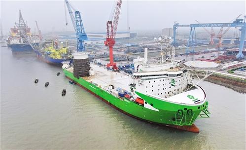 全球最大吨位风电安装船N829出海试航