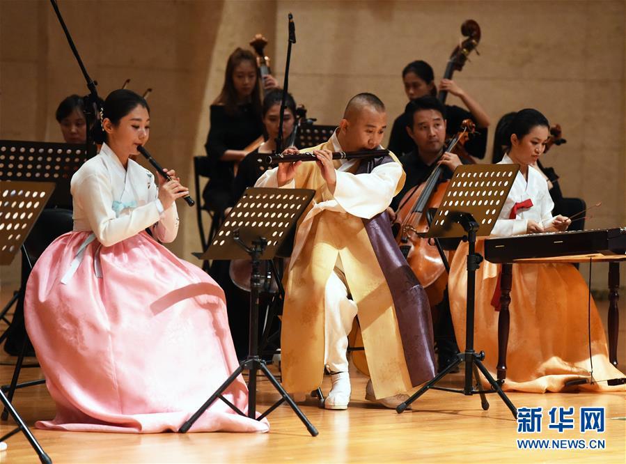 北京:欣赏民族音乐魅力 感受中国传统文化