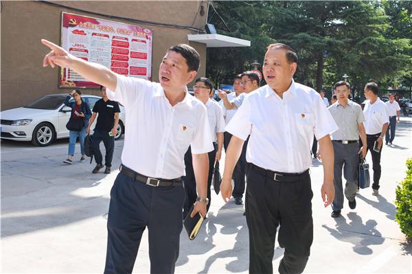 河南省市场监管局一行调研河南工商行政管理学校