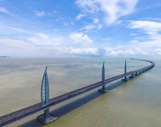 【交通运输】逢山开路 遇水架桥 中国名片 成色十足