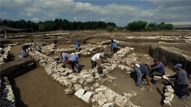 以色列发现5000年前古城遗址