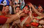 印度美女互相