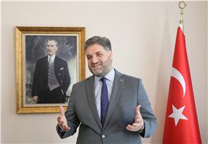 土耳其驻华大使:埃明·约南