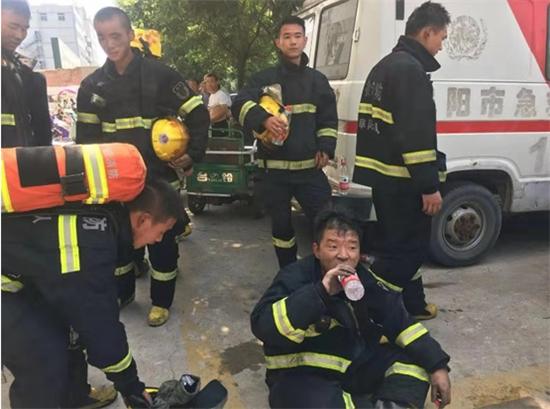 阜阳最美消防员张龙龙:浴火12载 救援见温情