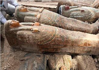 埃及出土20副古代棺木