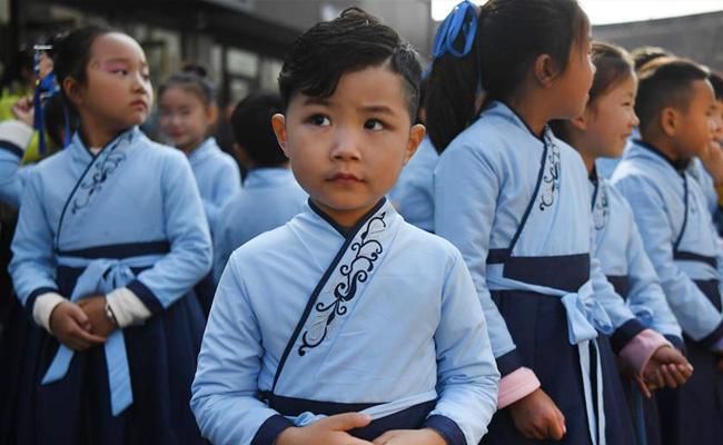 江苏徐州:汉文化旅游节上的汉服嘉年华