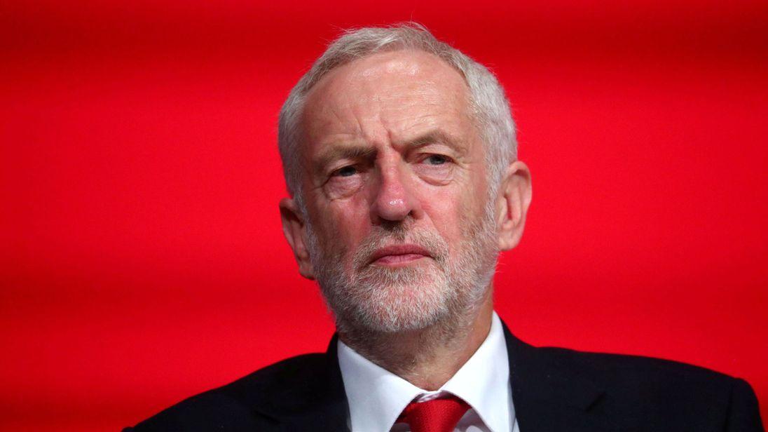 梅姨悬了?英国反对党领袖:将发起不信任投票