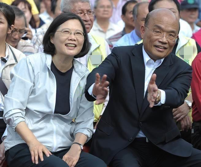 """蔡英文(左)、苏贞昌(右)。(图片来源:台湾""""中时电子报"""")"""