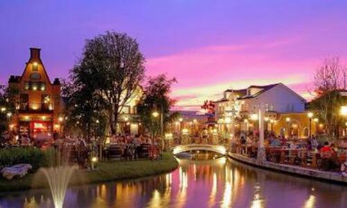 在曼谷郊区有一家美丽的旅游餐厅2.jpg