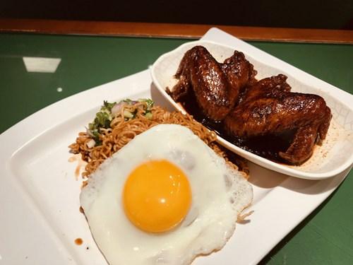 在沙田友冰室吃到香港美食8.jpg
