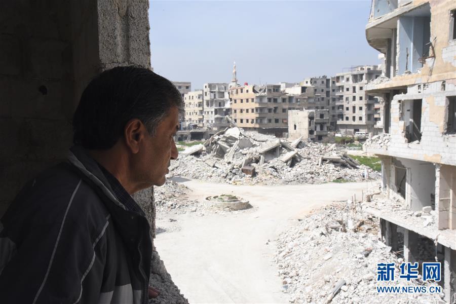 """(国际·图文互动)(2)通讯:叙利亚危机爆发8周年:废墟中""""疗伤""""的东古塔"""
