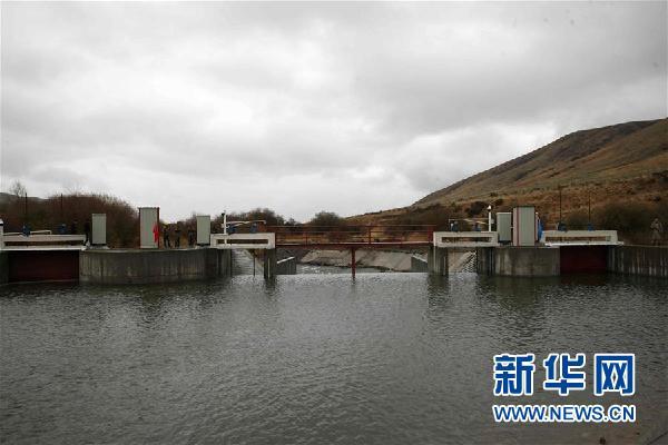 (国际·图文互动)中哈苏木拜河联合引水工程改造竣工