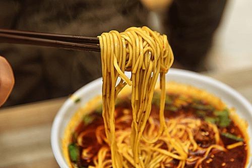 藏身在北京的四川老麻抄手,绎着人生百味3.jpg