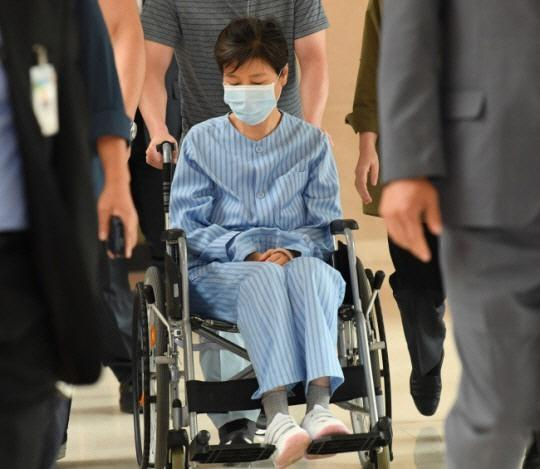 朴槿惠被捕后曾多次送院治疗(资料图)