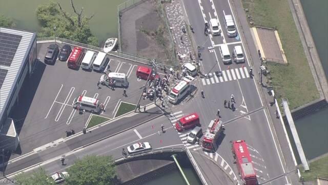 保育園児の列に車突っ込んだ事故 園児2人の死亡確認 大津
