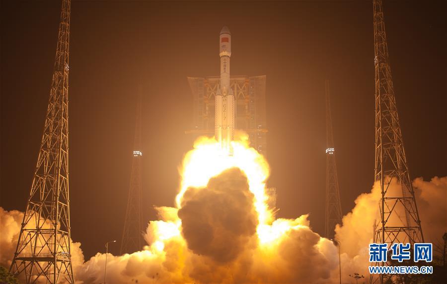 """(壮丽70年·奋斗新时代·图文互动)(1)这里是中国航天的""""技术高地""""——揭开长征火箭跨越成长的基因密码"""