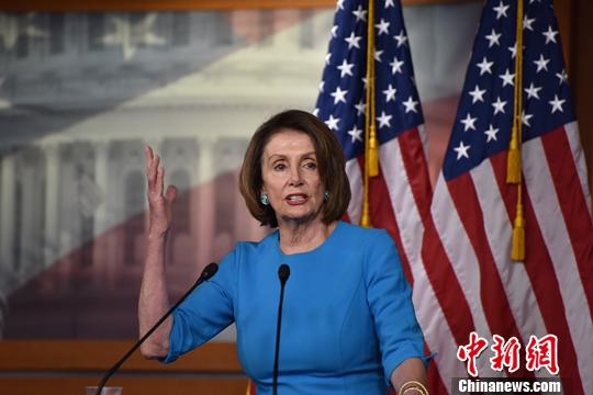 当地时间5月16日,美国国会众议院议长佩洛西在华盛顿举行的新闻发布会上表示,特朗普政府可能对伊朗采取的任何军事行动都需要国会批准。