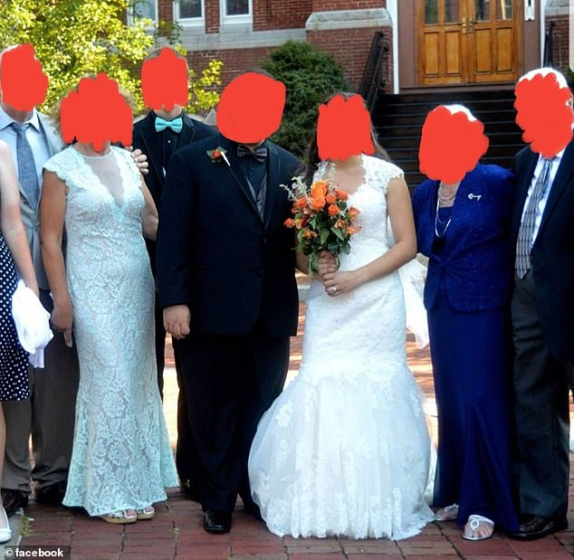 13789300-7056057-A_mother_in_law_has_been_heavily_criticised_for_wearing_a_bridal-a-21_1558484076681.jpg