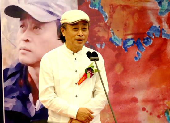3、潘士强先生在开幕式上致答谢词_副本.jpg