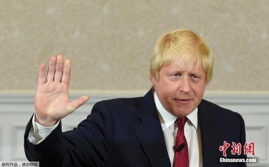 当地时间2016年6月30日,英国伦敦,伦敦前市长鲍里斯·约翰逊发宣布不会竞选保守党党首,他不会参与竞争首相一职。鲍里斯·约翰逊为脱欧派代表人物,在卡梅伦宣布将于10月份辞职之后,约翰逊曾被视为新任首相的热门人选。