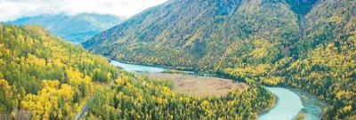 人民日报海外版头版头条:新疆这么美,值得再来!