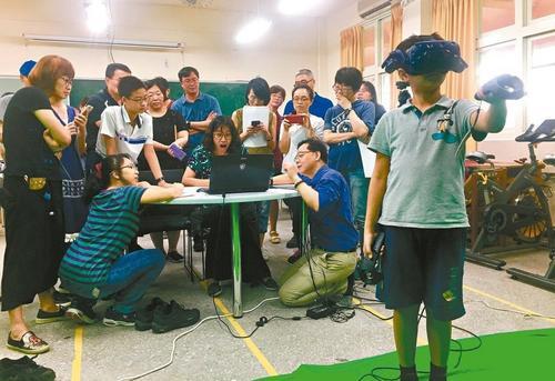台湾新课纲上路逾3成学校发愁科技课师资等困扰