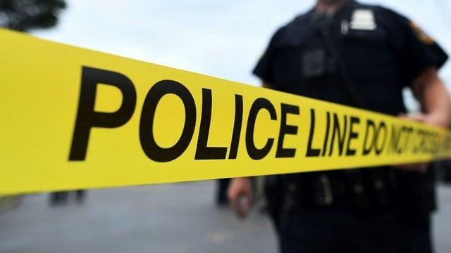 <b>美国得州枪击案已致5死21伤 枪手1死1在逃</b>