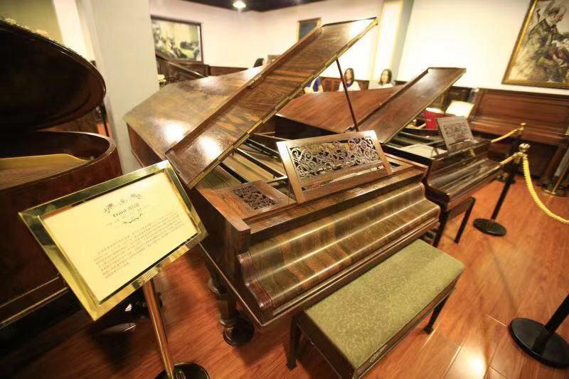 来烟台钢琴博物馆与钢琴对话 感受时光音符的跳动