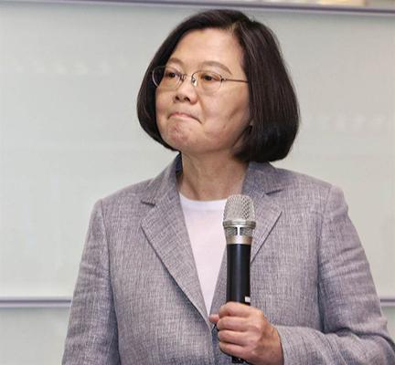 韩国瑜跳楼自杀?黑韩产业链成2019台湾最蓬勃产业