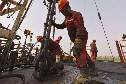西北油田:加快天然气增产步伐落实能源安全战略