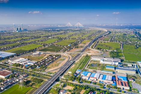 无锡至南通过江通道高速公路项目投入运营19.png